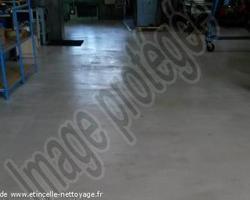 Etincelle Nettoyage - Vaulx-en-Velin - Décapage des sols atelier à vaulx en velin